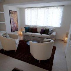 Отель PVH Charming Flats Janackovo Чехия, Прага - отзывы, цены и фото номеров - забронировать отель PVH Charming Flats Janackovo онлайн комната для гостей