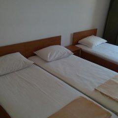 Отель Family House Manolov Болгария, Аврен - отзывы, цены и фото номеров - забронировать отель Family House Manolov онлайн комната для гостей фото 3