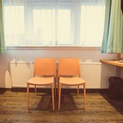 Отель Tourist Inn Budget Hotel - Hostel Нидерланды, Амстердам - 1 отзыв об отеле, цены и фото номеров - забронировать отель Tourist Inn Budget Hotel - Hostel онлайн удобства в номере фото 4