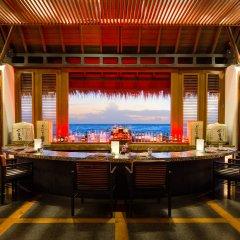 Отель One&Only Reethi Rah Мальдивы, Северный атолл Мале - 8 отзывов об отеле, цены и фото номеров - забронировать отель One&Only Reethi Rah онлайн гостиничный бар