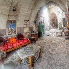 Отель Amor Cave House развлечения