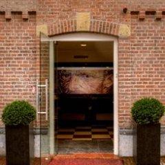 Hotel Van Gogh парковка