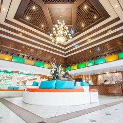 Отель Karon Sea Sands Resort & Spa Таиланд, Пхукет - 3 отзыва об отеле, цены и фото номеров - забронировать отель Karon Sea Sands Resort & Spa онлайн гостиничный бар