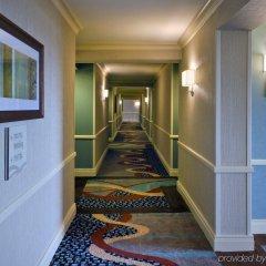 Отель Hilton New York JFK Airport США, Нью-Йорк - отзывы, цены и фото номеров - забронировать отель Hilton New York JFK Airport онлайн интерьер отеля