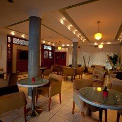 Отель Pyramos гостиничный бар