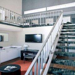 Ramada Plaza Hotel & Suites - West Hollywood интерьер отеля