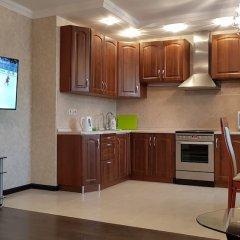 Апартаменты DeLuxe Apartment Akademika Yangelya 2 в номере фото 2