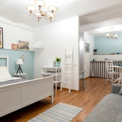 Апартаменты City of Rivers Studio near Hermitage комната для гостей фото 3
