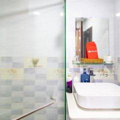 Отель Hong Ha Hotel Вьетнам, Хошимин - отзывы, цены и фото номеров - забронировать отель Hong Ha Hotel онлайн ванная