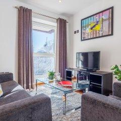 Апартаменты Shoreditch Square Serviced Apartments комната для гостей