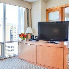 Отель Delta Hotels by Marriott Vancouver Downtown Suites Канада, Ванкувер - отзывы, цены и фото номеров - забронировать отель Delta Hotels by Marriott Vancouver Downtown Suites онлайн удобства в номере