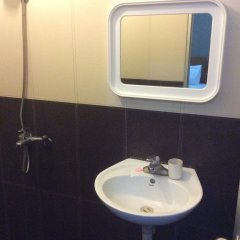 Holiday Hotel ванная фото 2