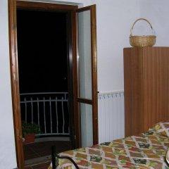 Отель La Piccola Quercia Италия, Стронконе - отзывы, цены и фото номеров - забронировать отель La Piccola Quercia онлайн балкон