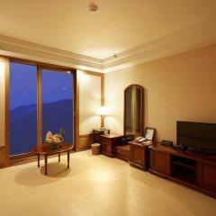 Отель Kensington Hotel Pyeongchang Южная Корея, Пхёнчан - 1 отзыв об отеле, цены и фото номеров - забронировать отель Kensington Hotel Pyeongchang онлайн удобства в номере фото 2