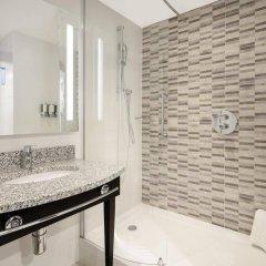 Отель Hampton by Hilton London Stansted Airport ванная фото 2