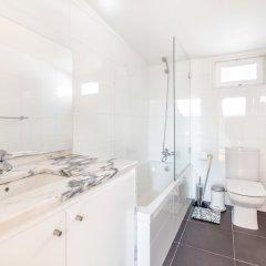 Отель Charming Santos Португалия, Лиссабон - отзывы, цены и фото номеров - забронировать отель Charming Santos онлайн ванная