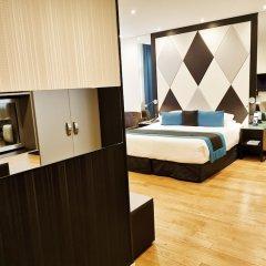 Отель LEMPIRE Париж сейф в номере