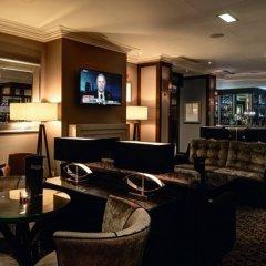 Macdonald Holyrood Hotel гостиничный бар