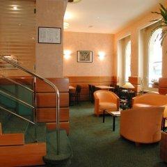 Отель Lyon Bastille Франция, Париж - отзывы, цены и фото номеров - забронировать отель Lyon Bastille онлайн гостиничный бар