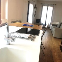 Апартаменты Modern Apartment with Terrace Венеция удобства в номере