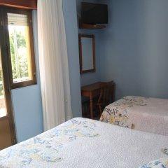 Отель Hostal Flor de Quejo Испания, Арнуэро - отзывы, цены и фото номеров - забронировать отель Hostal Flor de Quejo онлайн сейф в номере