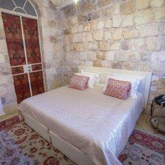 Western Wall Luxury House Израиль, Иерусалим - отзывы, цены и фото номеров - забронировать отель Western Wall Luxury House онлайн комната для гостей фото 5