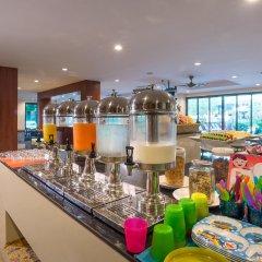 Отель Srisuksant Resort гостиничный бар