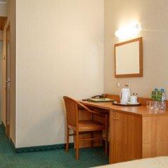 Гостиница Меридиан 3* Стандартный номер с 2 отдельными кроватями фото 3