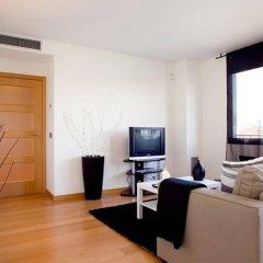 Апартаменты You Stylish Beach Apartments комната для гостей фото 4