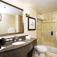 Отель Hilton Garden Inn Montreal Centre-Ville Канада, Монреаль - отзывы, цены и фото номеров - забронировать отель Hilton Garden Inn Montreal Centre-Ville онлайн ванная