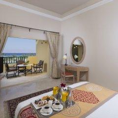 Отель Bayview Taba Heights Resort в номере