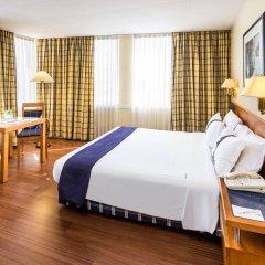 Отель Holiday Inn Lisbon Португалия, Лиссабон - 1 отзыв об отеле, цены и фото номеров - забронировать отель Holiday Inn Lisbon онлайн комната для гостей фото 5