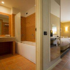 Отель Doubletree By Hilton Acaya Golf Resort Верноле ванная фото 2