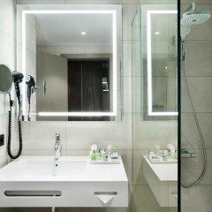 Отель NH Hotel Porto Jardim Португалия, Порту - отзывы, цены и фото номеров - забронировать отель NH Hotel Porto Jardim онлайн ванная фото 2