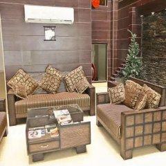 Отель Walnut Castle Индия, Нью-Дели - отзывы, цены и фото номеров - забронировать отель Walnut Castle онлайн комната для гостей фото 5