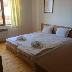 Апартаменты Four Leaf Clover Apartments to Rent Банско комната для гостей фото 2