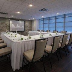 Отель Executive Hotel Cosmopolitan Toronto Канада, Торонто - отзывы, цены и фото номеров - забронировать отель Executive Hotel Cosmopolitan Toronto онлайн помещение для мероприятий фото 2