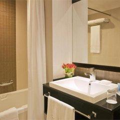 Отель Towers Rotana - Dubai ОАЭ, Дубай - 3 отзыва об отеле, цены и фото номеров - забронировать отель Towers Rotana - Dubai онлайн ванная фото 2