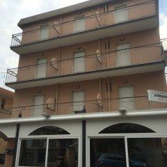 Отель Residence Adriatico Италия, Римини - отзывы, цены и фото номеров - забронировать отель Residence Adriatico онлайн вид на фасад