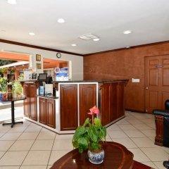Отель Rodeway Inn Convention Center США, Лос-Анджелес - отзывы, цены и фото номеров - забронировать отель Rodeway Inn Convention Center онлайн интерьер отеля фото 2