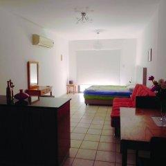 Апартаменты Andries Apartments комната для гостей фото 5