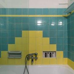 Отель Cutie by Stylish Stays ванная фото 2