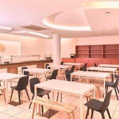 Отель Checkin Caribe Youth Hotel Испания, Льорет-де-Мар - отзывы, цены и фото номеров - забронировать отель Checkin Caribe Youth Hotel онлайн питание фото 2