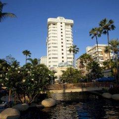 Отель Jomtien Palm Beach Hotel And Resort Таиланд, Паттайя - 10 отзывов об отеле, цены и фото номеров - забронировать отель Jomtien Palm Beach Hotel And Resort онлайн бассейн фото 2