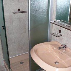 Отель Campo Base Монжове ванная