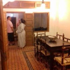 Отель House With 3 Bedrooms in Rabat, With Furnished Terrace - 800 m From th Марокко, Рабат - отзывы, цены и фото номеров - забронировать отель House With 3 Bedrooms in Rabat, With Furnished Terrace - 800 m From th онлайн комната для гостей фото 2