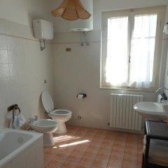 Отель Agriturismo Le Cicale Италия, Спольторе - отзывы, цены и фото номеров - забронировать отель Agriturismo Le Cicale онлайн ванная