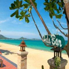 Отель Aloha Resort пляж
