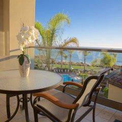 Отель Dolphin Bay Resort and Spa балкон