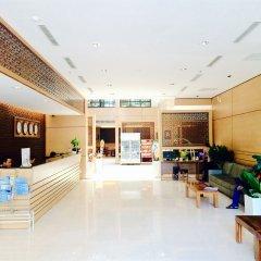 Nhi Phi Hotel интерьер отеля фото 3